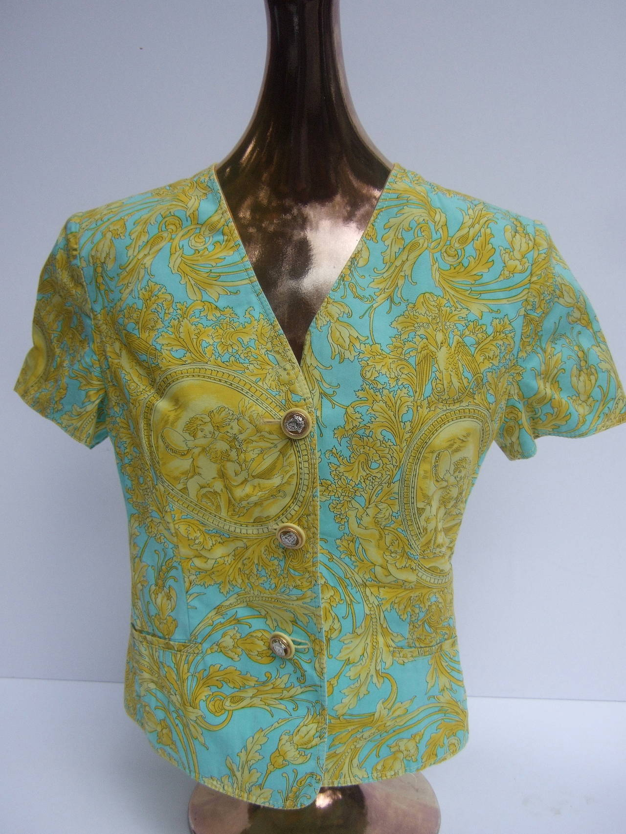 Versace Vibrant Print Medusa Button Cotton Jacket US Size 10 In Excellent Condition For Sale In Santa Barbara, CA