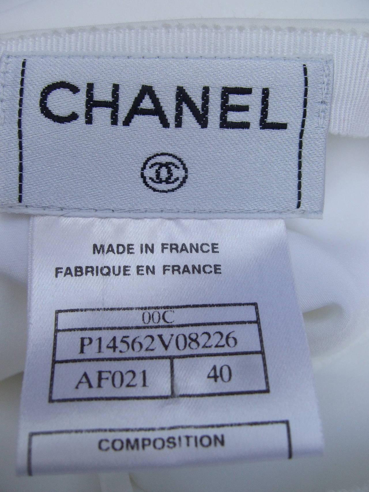 Chanel Elegant Chic Long White Skirt Size 40 For Sale 1