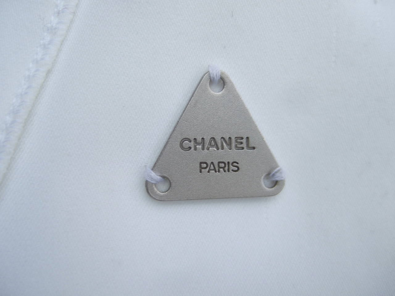 Chanel Elegant Chic Long White Skirt Size 40 In Good Condition For Sale In Santa Barbara, CA