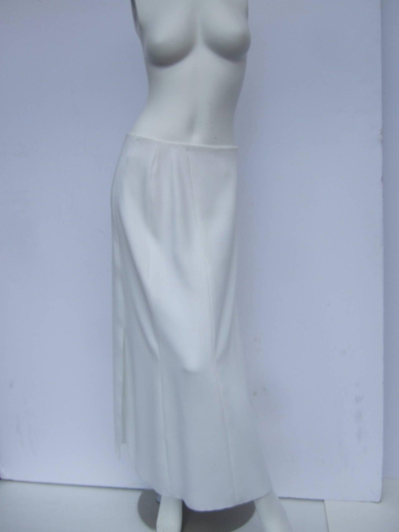 Gray Chanel Elegant Chic Long White Skirt Size 40 For Sale