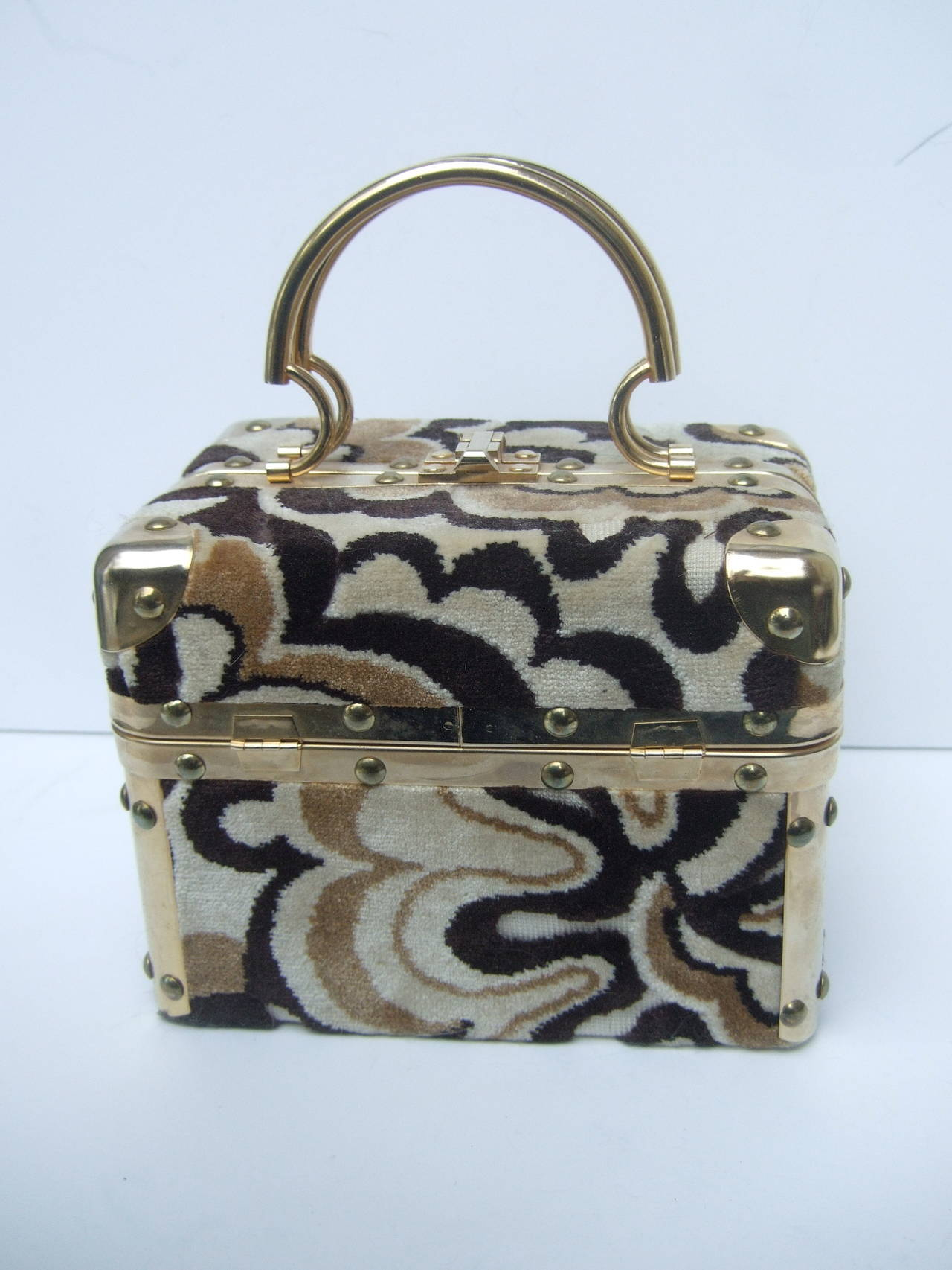 Mod cut velvet Italian handbag designed by Fleurette of Miami c 1970