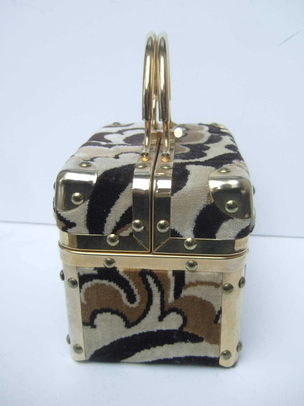 Women's Mod Cut Velvet Italian Box Handbag c 1970 For Sale