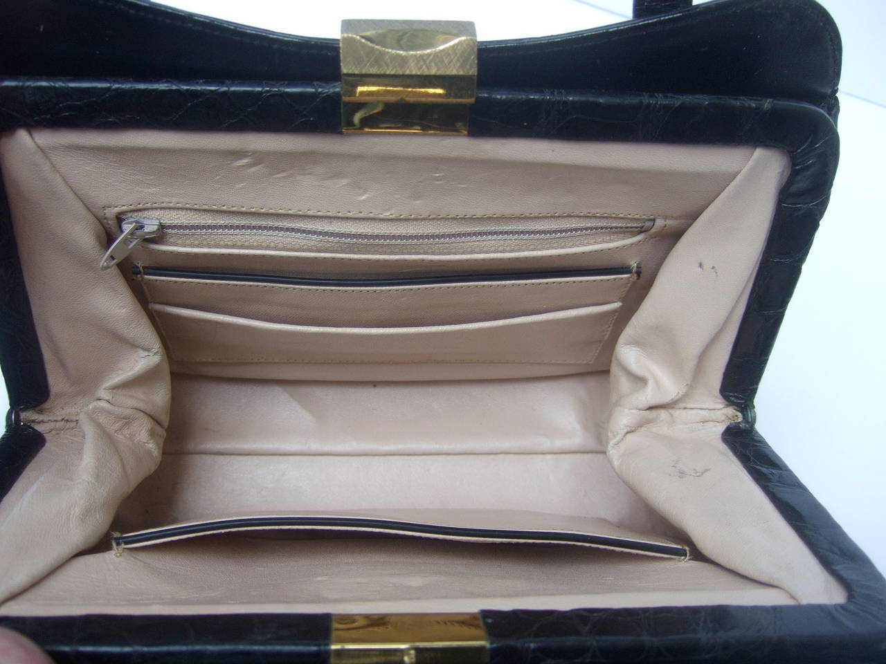 Exotic Sleek Black Alligator Handbag c 1960 5