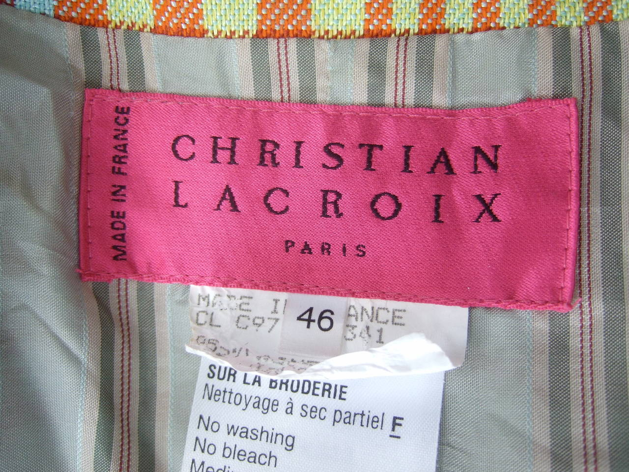 Christian Lacroix Paris Plaid Wool Jacket Size 46 c 1990 For Sale 1