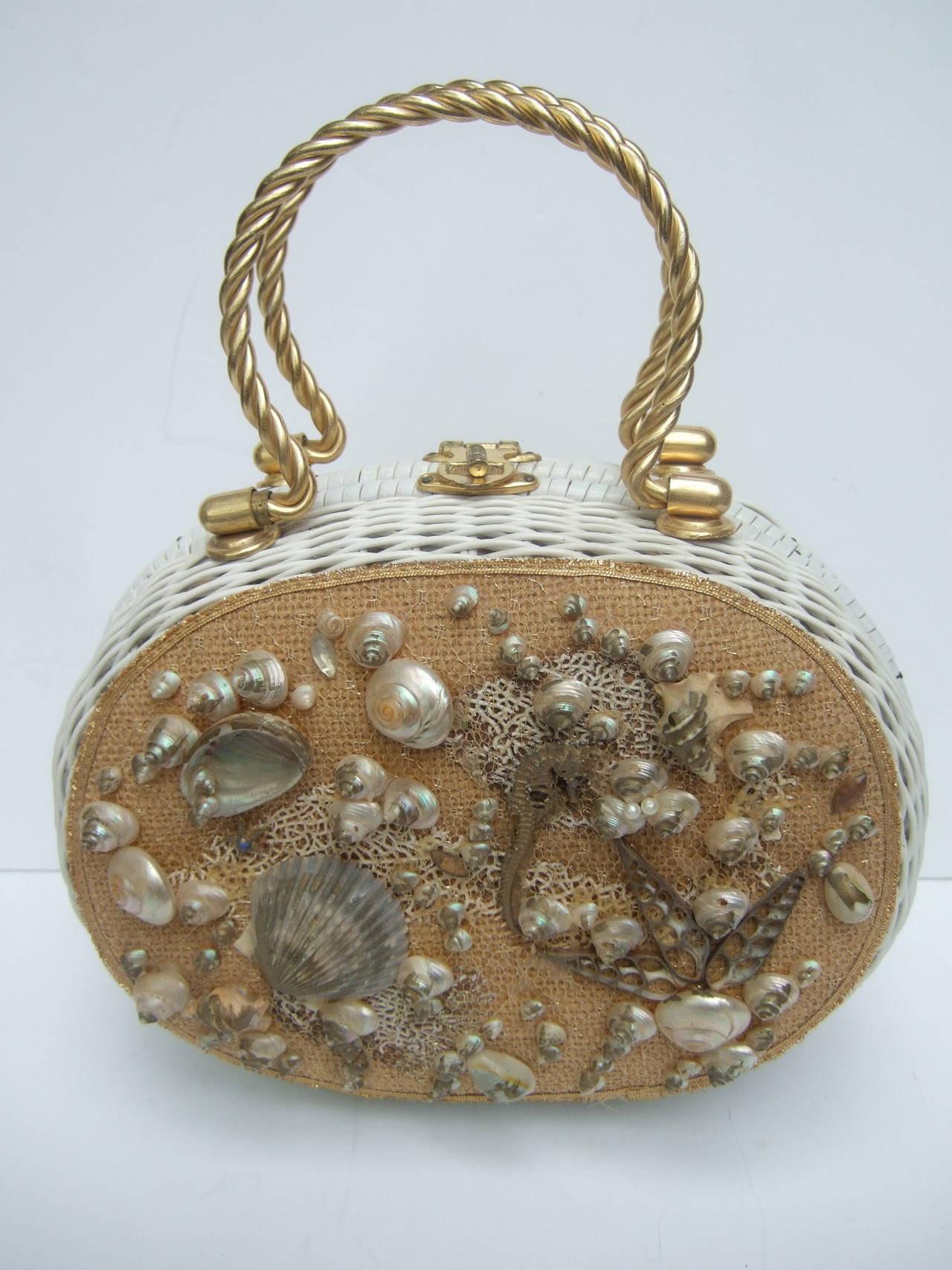 Posh Sea Shell White Wicker Retro Handbag c 1960 5