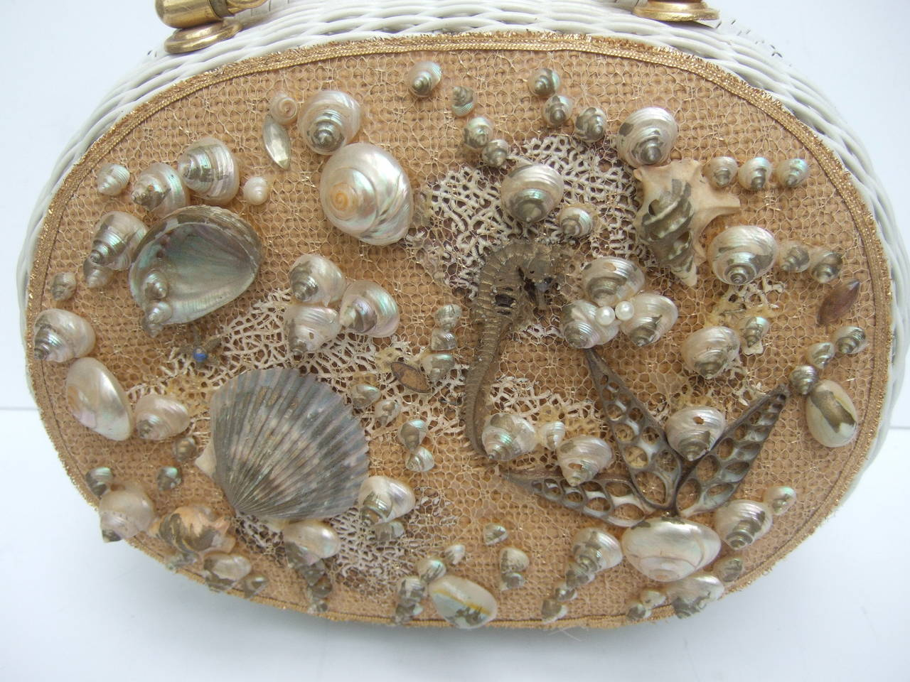 Posh Sea Shell White Wicker Retro Handbag c 1960 4
