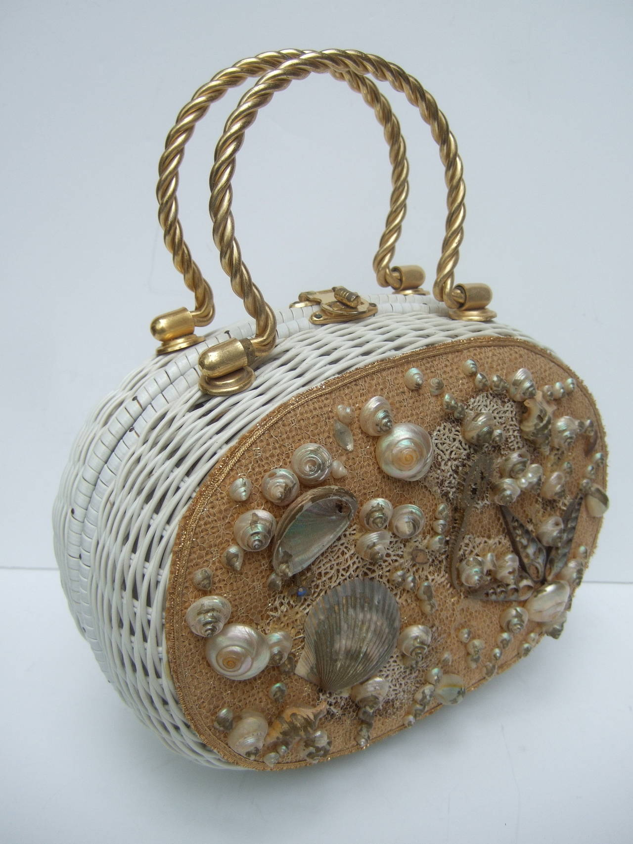 Posh Sea Shell White Wicker Retro Handbag c 1960 3