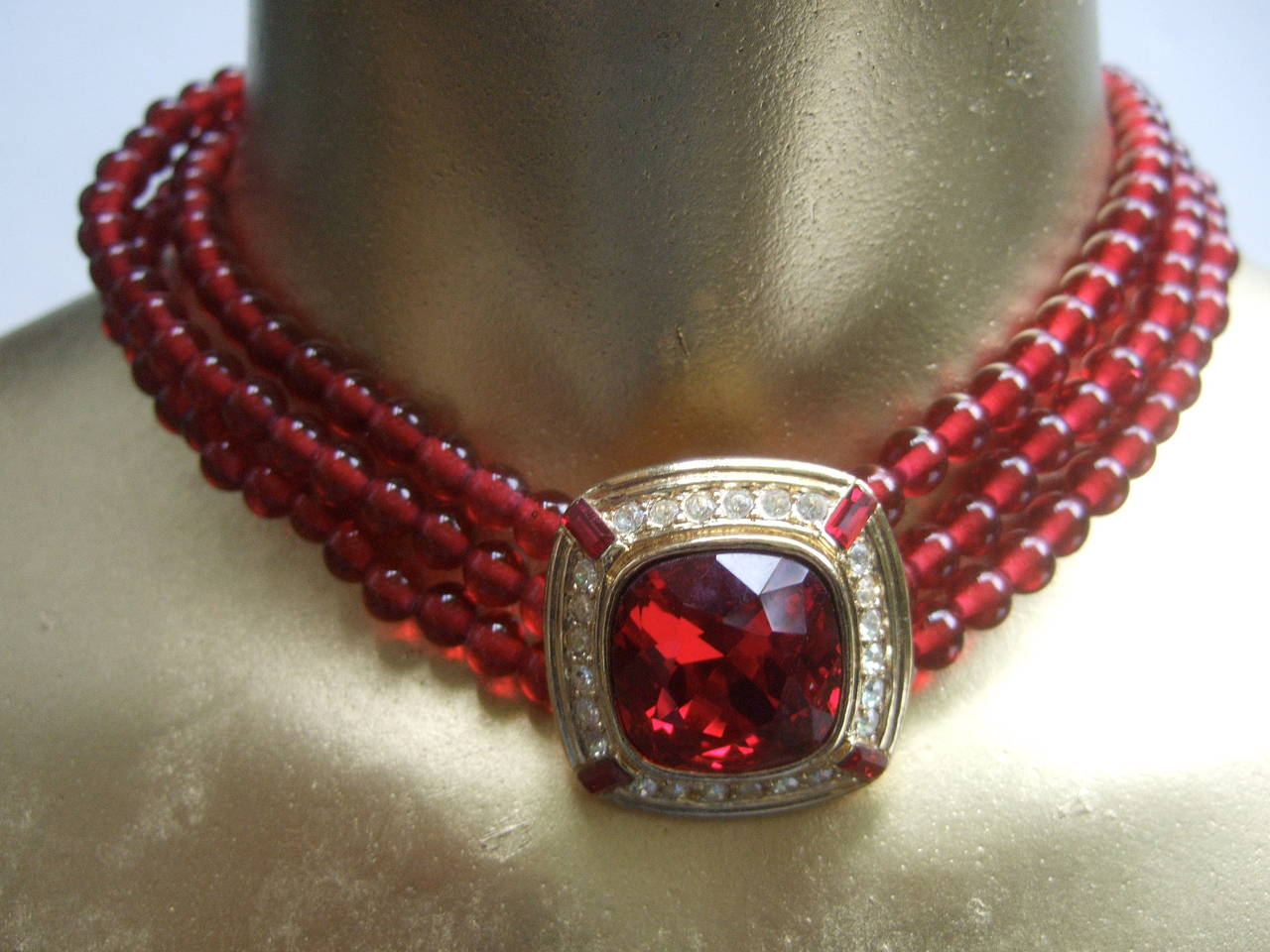 Trifari Elegant Ruby Glass Beaded Choker Necklace c 1980 3