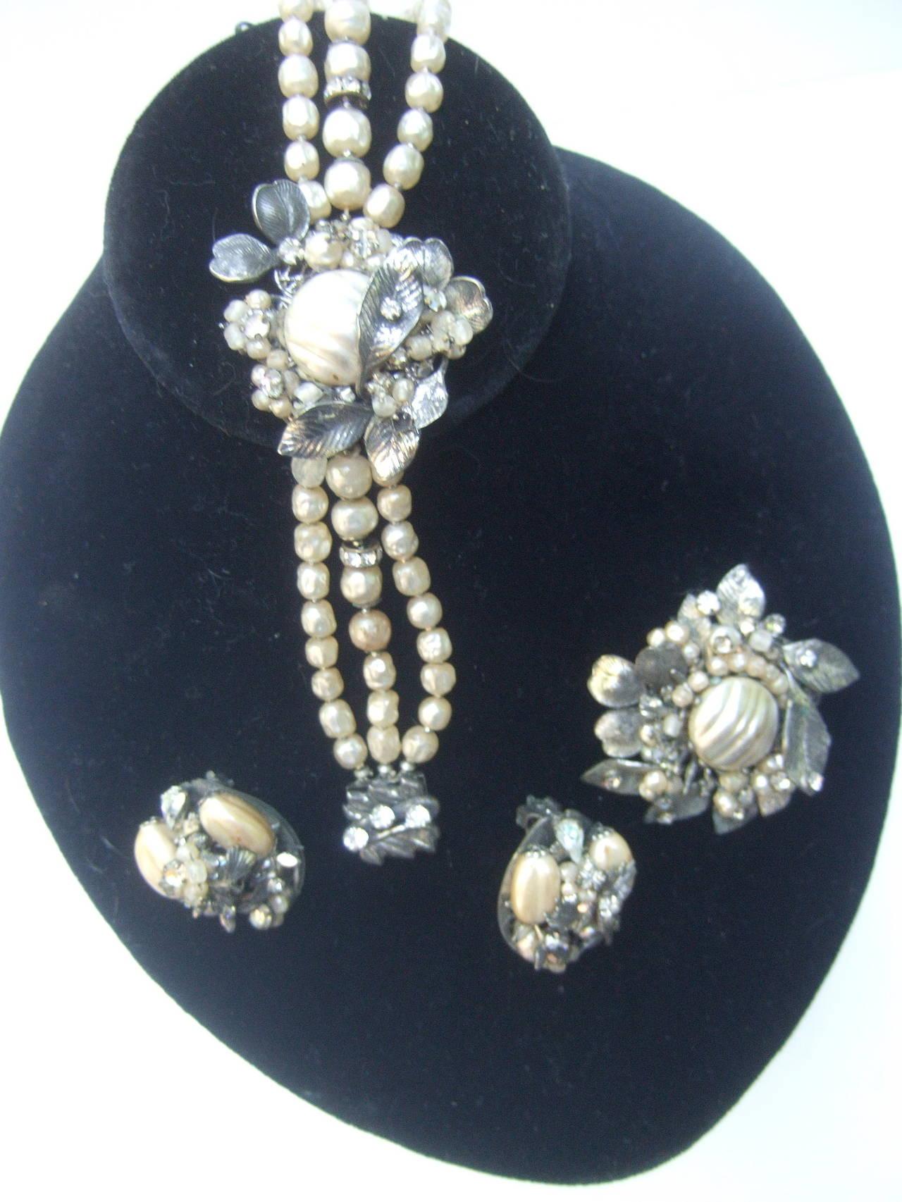 1950s Costume Pearl Brooch, Bracelet & Earrings by Robert In Good Condition For Sale In Santa Barbara, CA