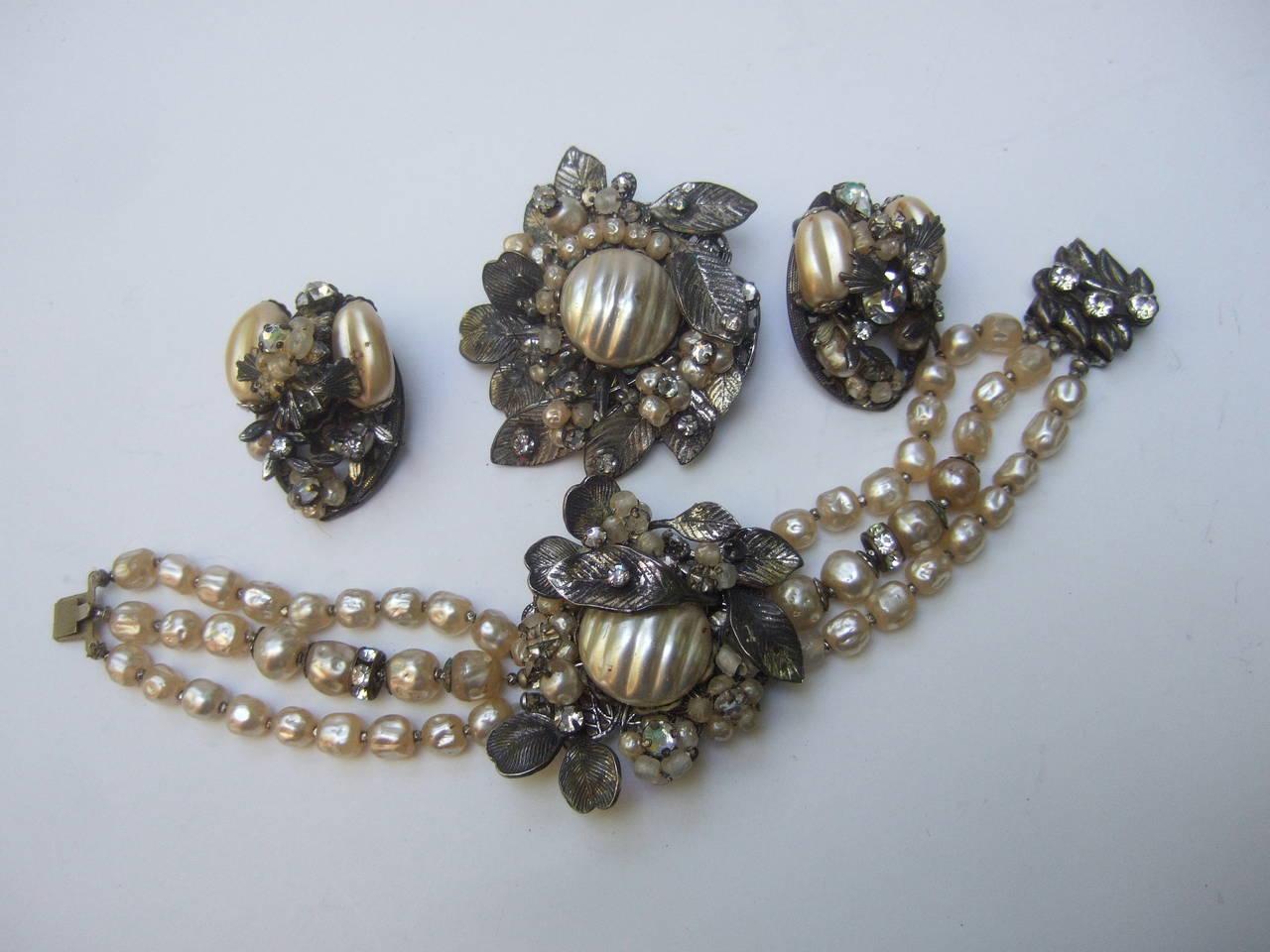Women's 1950s Costume Pearl Brooch, Bracelet & Earrings by Robert For Sale