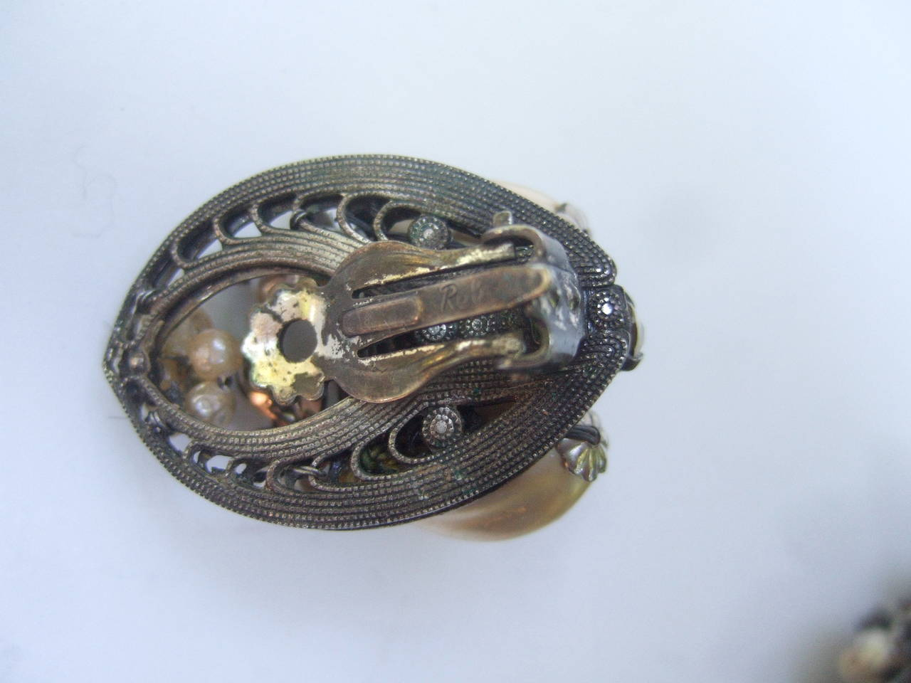 1950s Costume Pearl Brooch, Bracelet & Earrings by Robert For Sale 5
