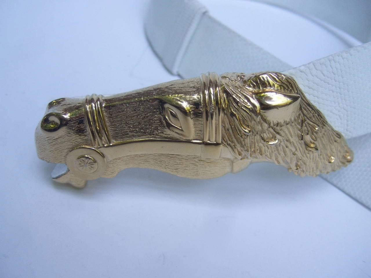 Women's Judith Leiber Gilt Equine Buckle Embossed White Leather Belt For Sale