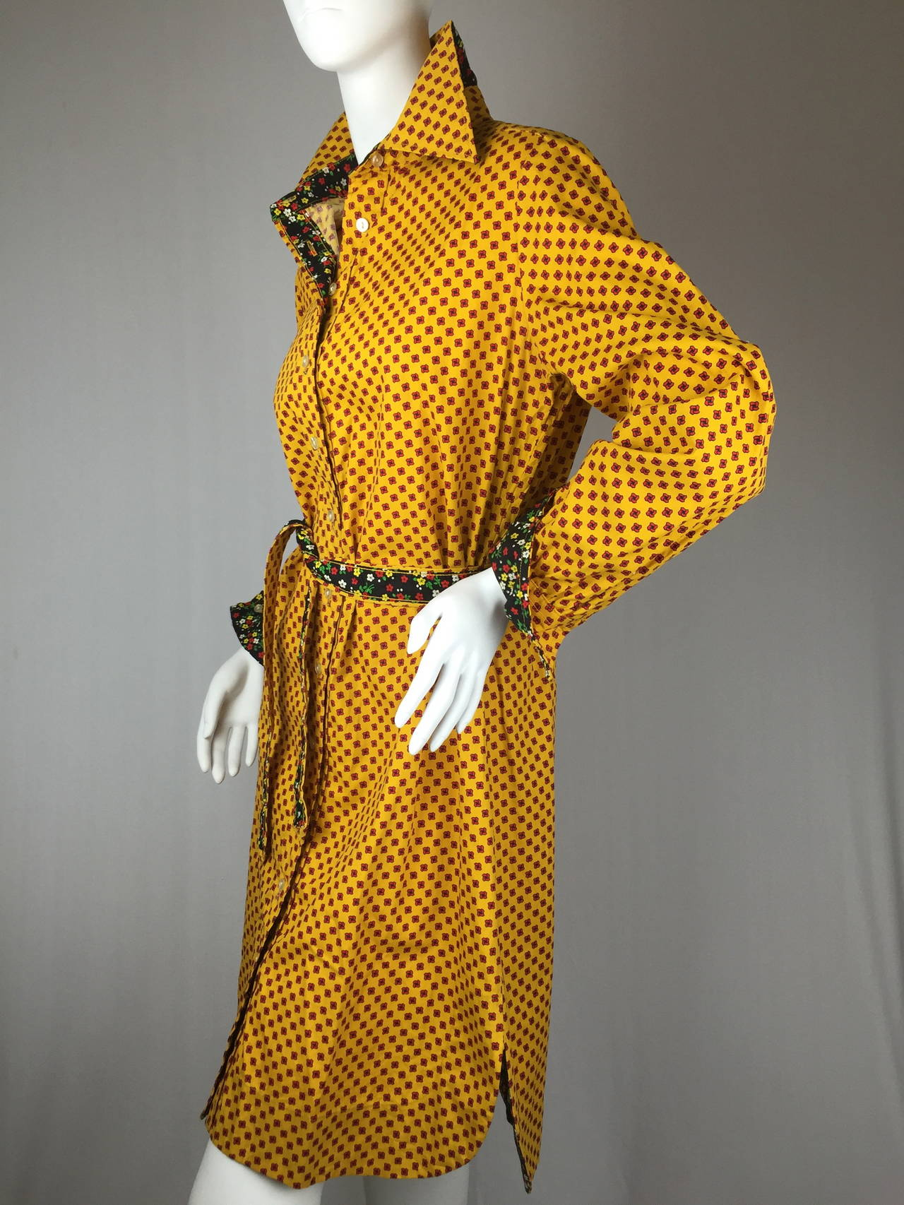 1970's Shirt Dress by Geoffrey Beene In Excellent Condition For Sale In Santa Barbara, CA