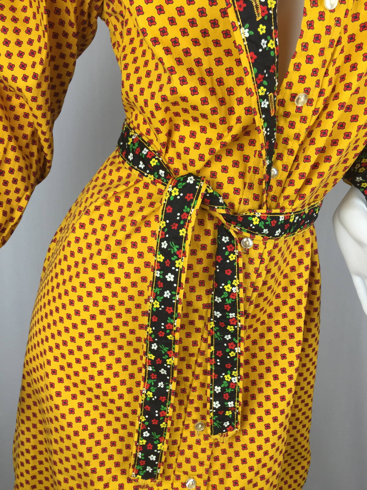 1970's Shirt Dress by Geoffrey Beene For Sale 5