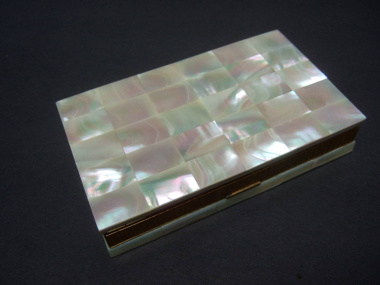 Opulent Mother of Pearl Compact Cigarette Case Clutch 2