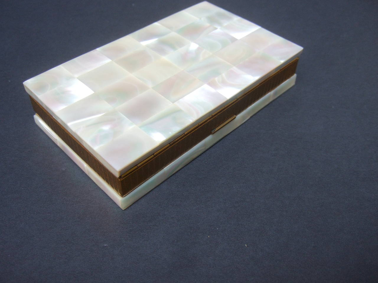 Opulent Mother of Pearl Compact Cigarette Case Clutch 10