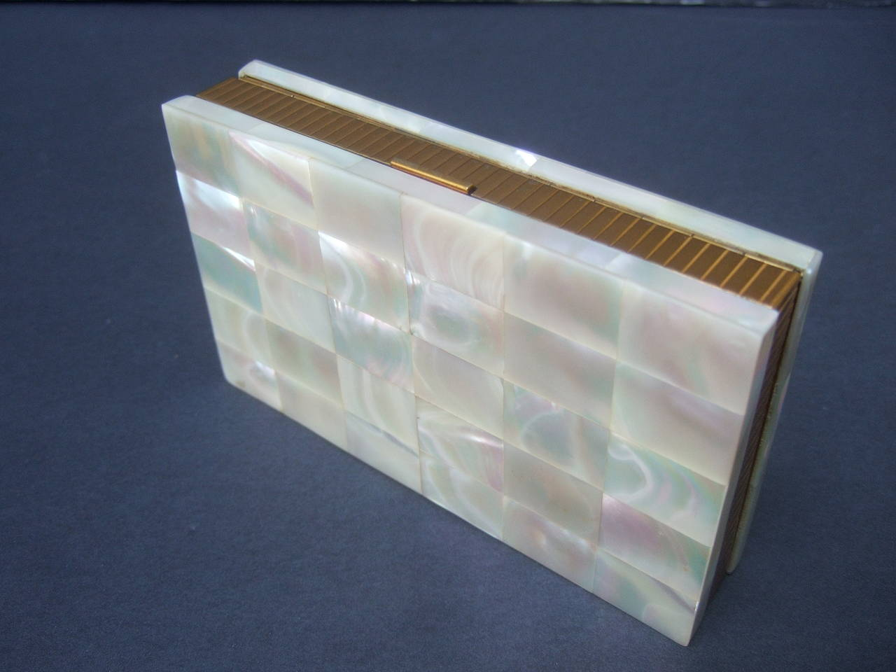 Opulent Mother of Pearl Compact Cigarette Case Clutch 9