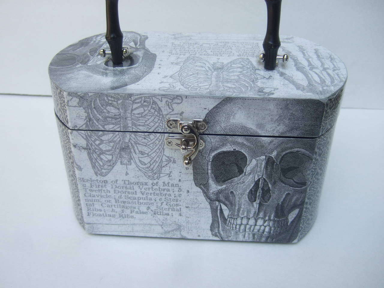 Avant Garde Decoupage Artisan Skeleton Box Style Handbag In New never worn Condition For Sale In Santa Barbara, CA