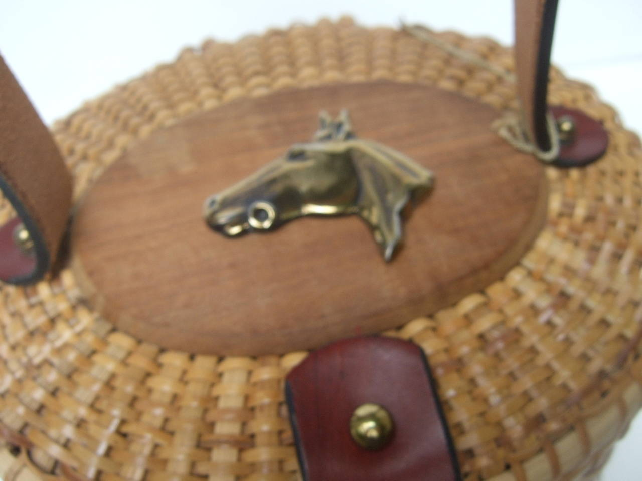 Oval Wicker Basket Equestrian Theme Handbag c 1970s For Sale 3