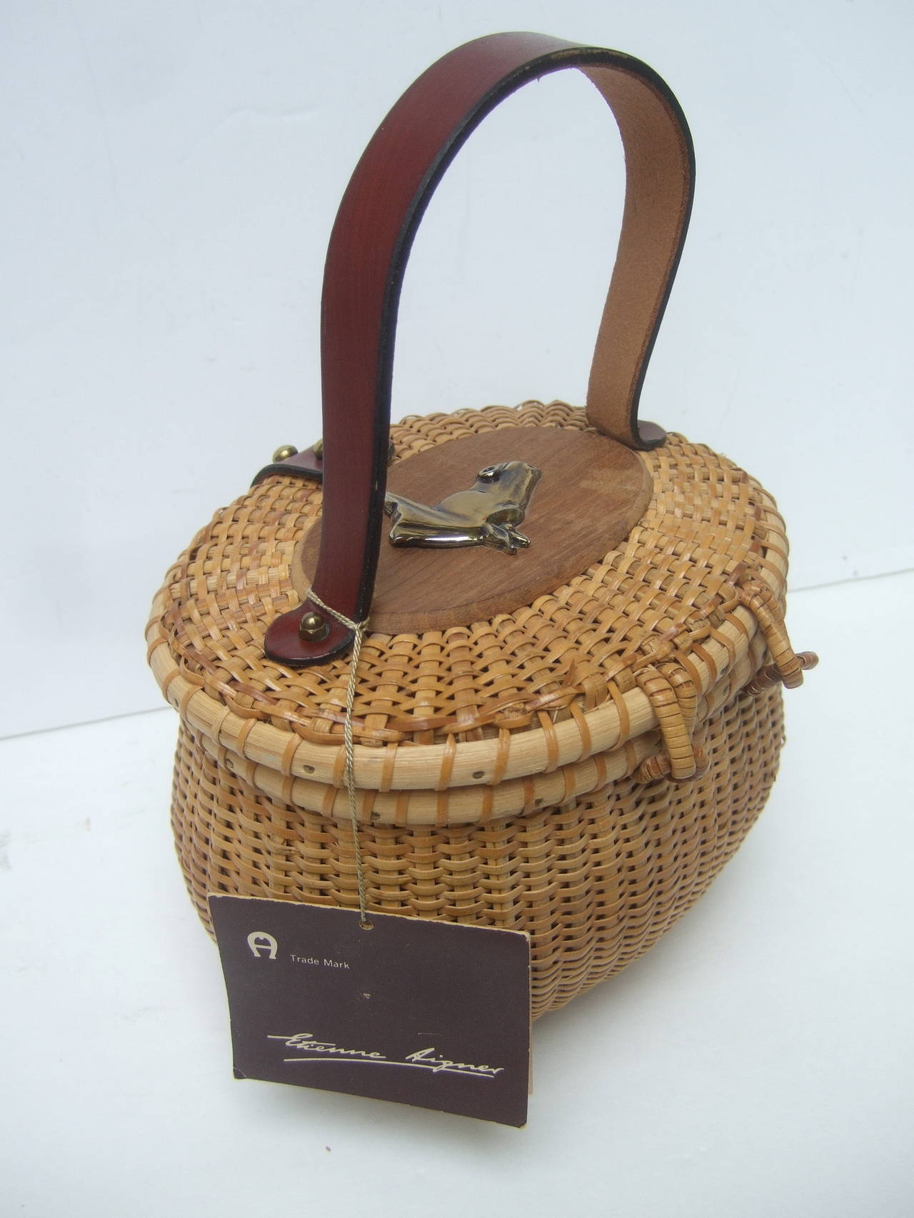 Oval Wicker Basket Equestrian Theme Handbag c 1970s For Sale 2
