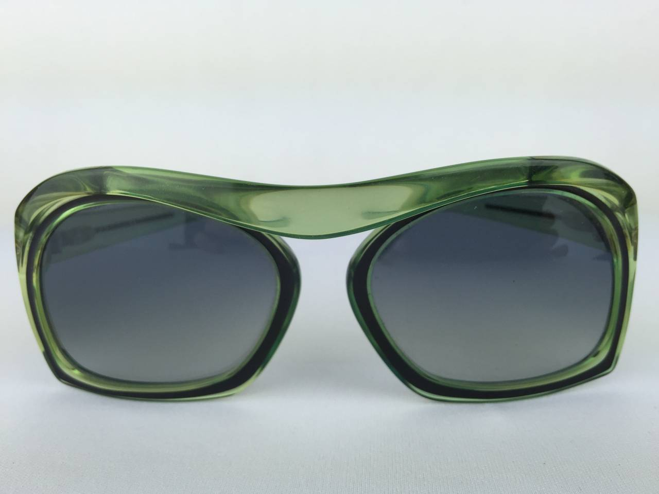 1970's Christian Dior Mint Green Sunglasses. In Excellent Condition For Sale In Santa Barbara, CA