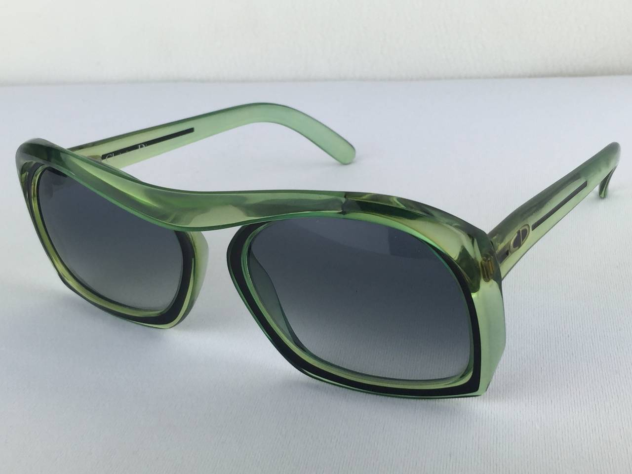 These are just so fresh and cool!  Mint green 70's shades from Christian Dior.