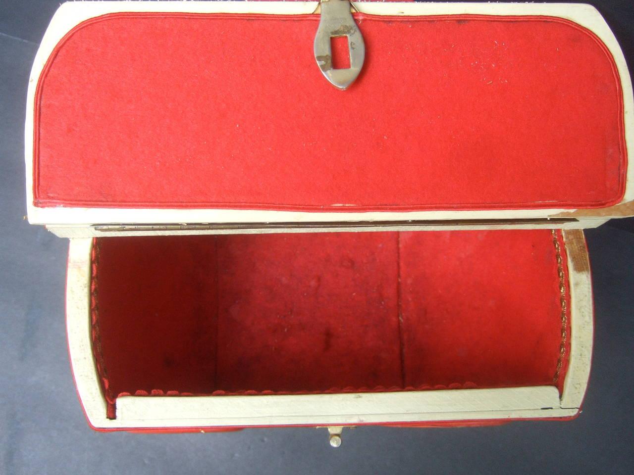 Whimsical Monkey Circus Theme Decoupage Handbag c 1970 10