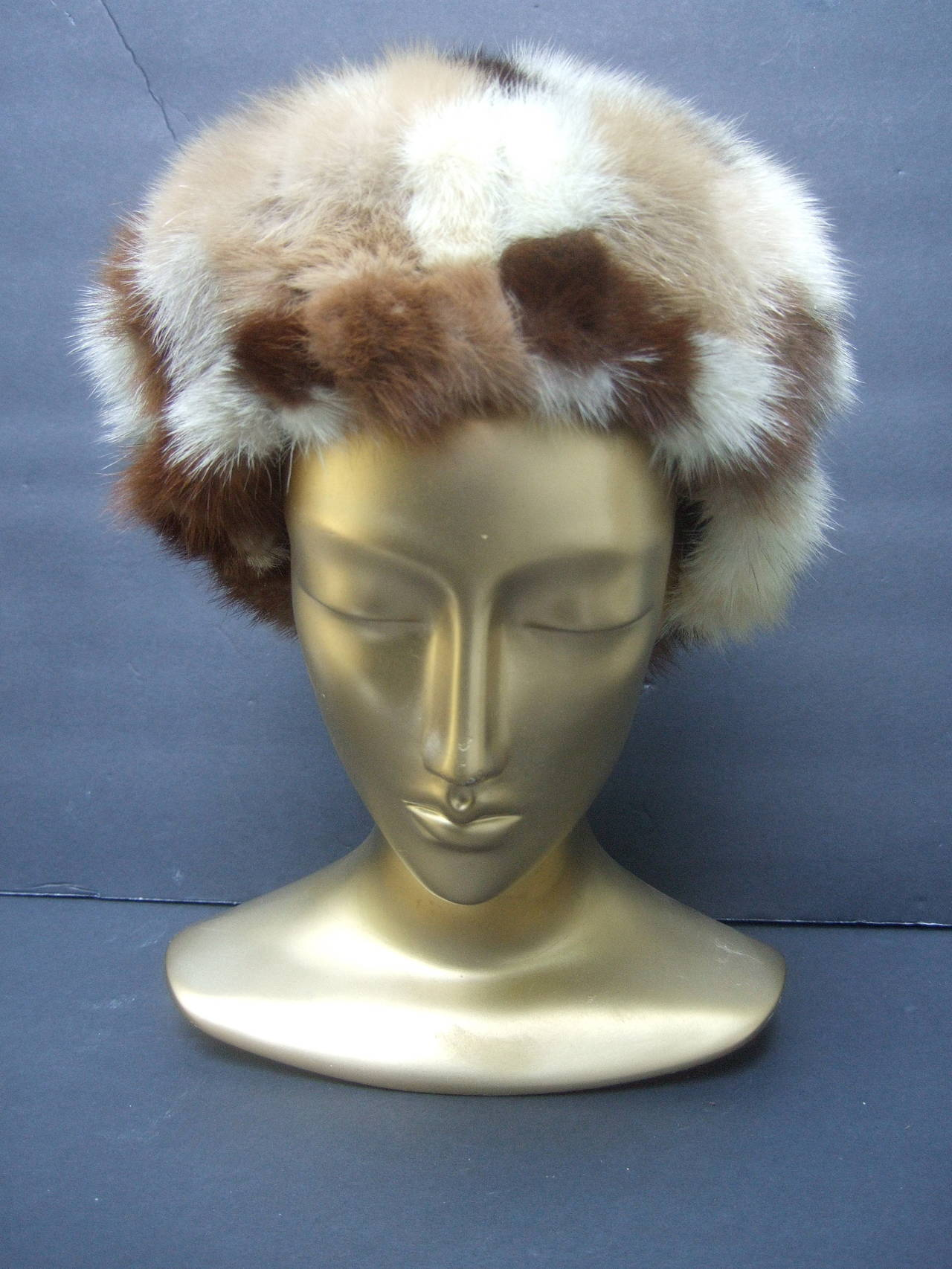 Saks Fifth Avenue Mink Patch Tile Hat c 1970 In Excellent Condition For Sale In Santa Barbara, CA