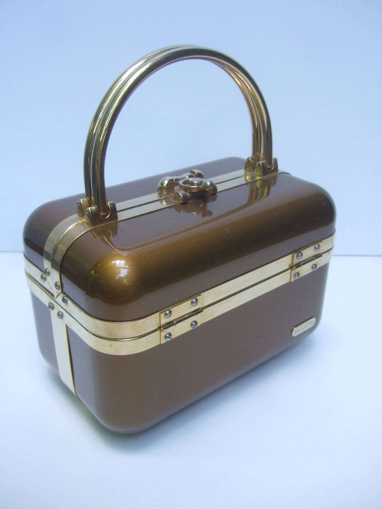 Sleek 1970s Italian Bronze Lucite Handbag Designed by Baulotto For Sale 1