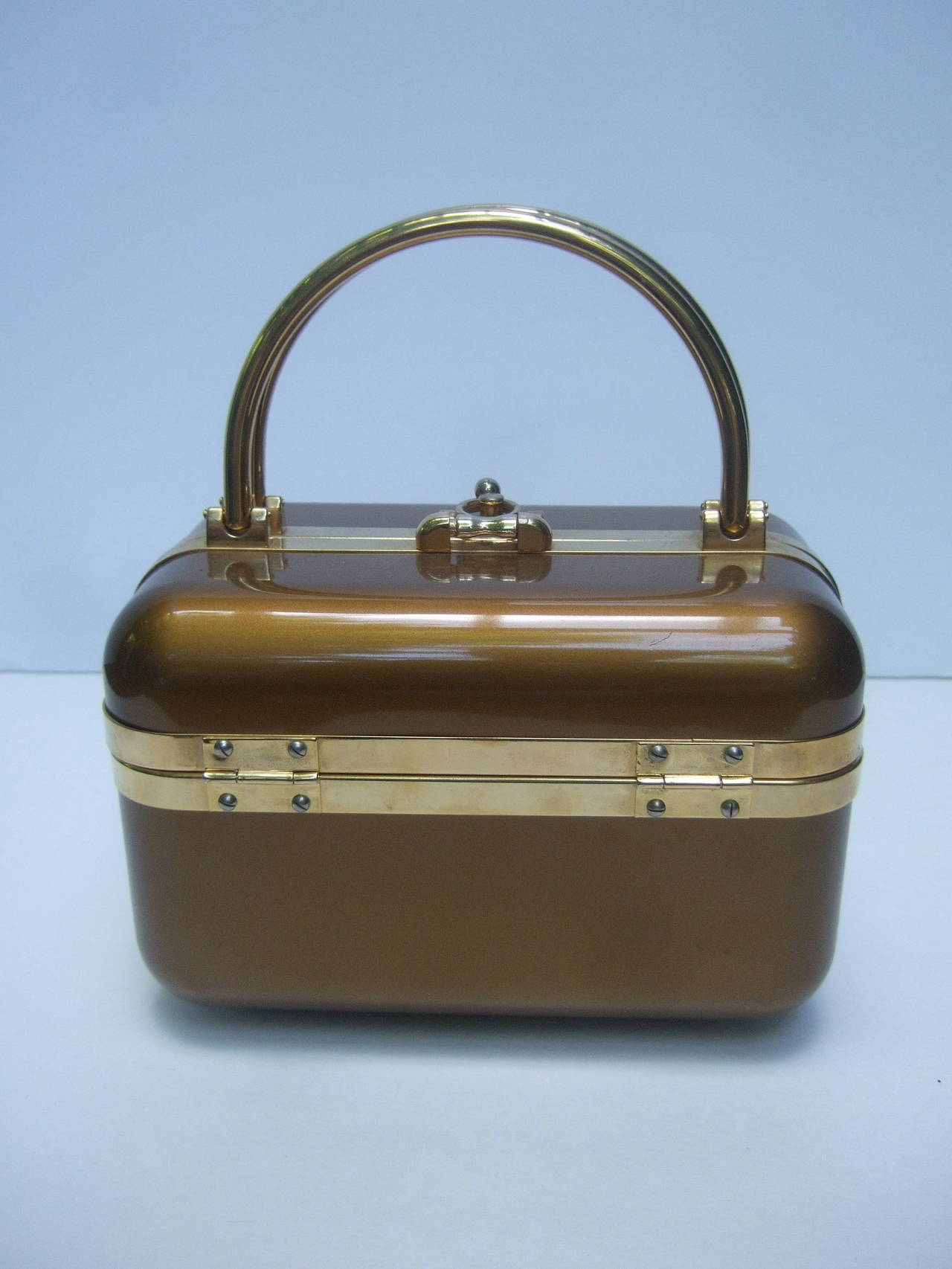 Sleek 1970s Italian Bronze Lucite Handbag Designed by Baulotto In Excellent Condition For Sale In Santa Barbara, CA
