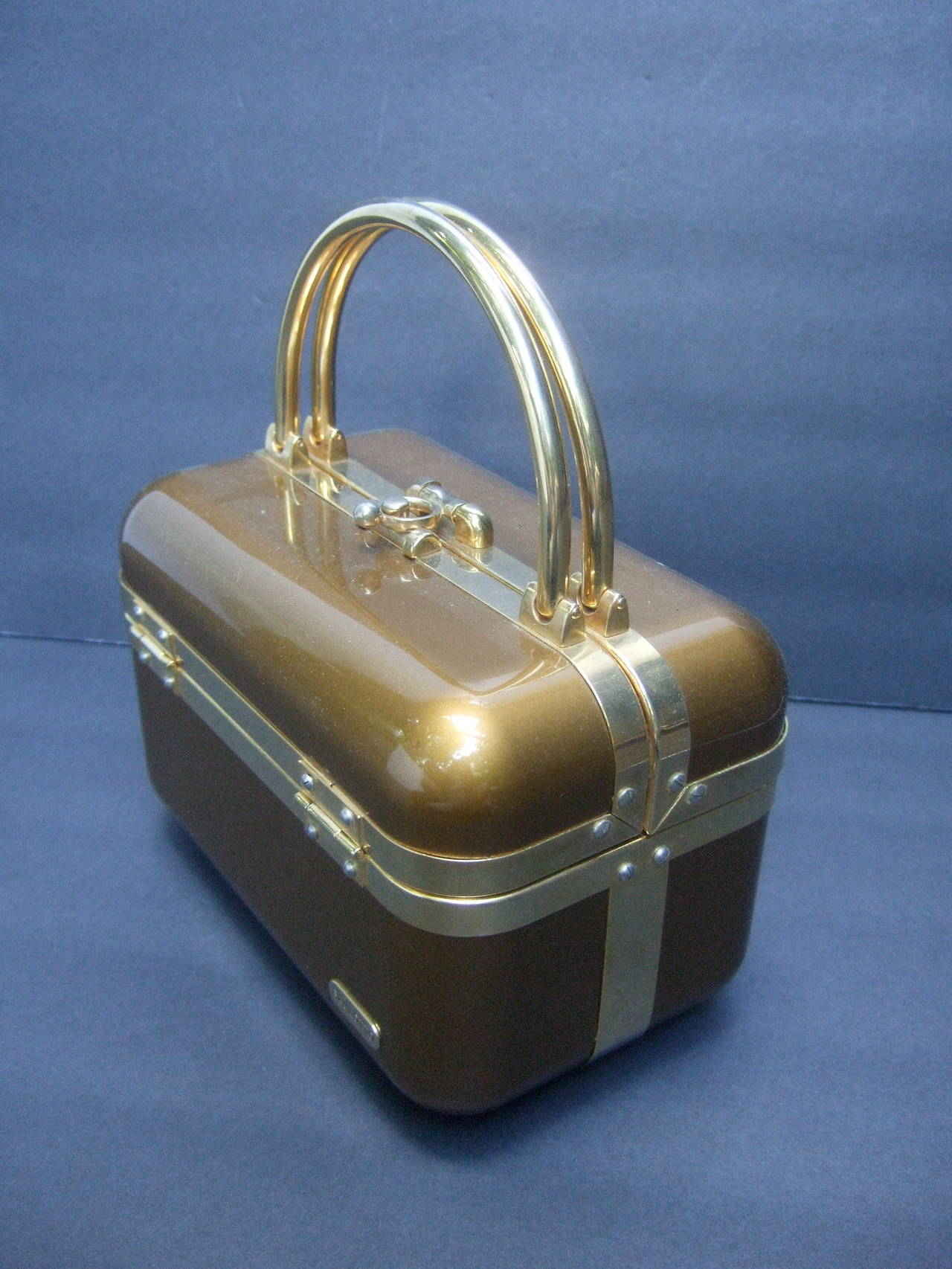 Women's Sleek 1970s Italian Bronze Lucite Handbag Designed by Baulotto For Sale