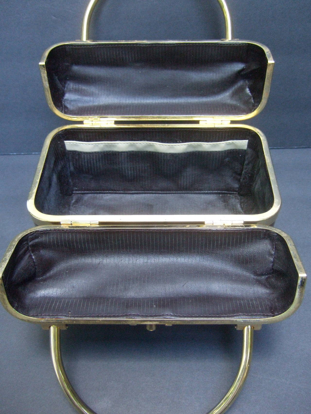 Sleek 1970s Italian Bronze Lucite Handbag Designed by Baulotto For Sale 2