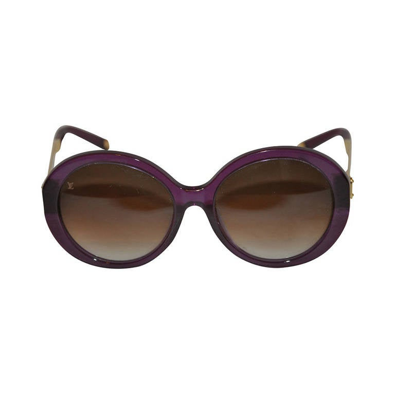 e07dd6b7eb Louis Vuitton Deep Irresendent Purple Sunglasses with Gold Hardware Accent  For Sale