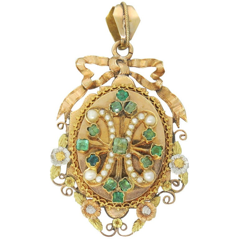 Antique victorian pearl emerald gold locket pendant at 1stdibs antique victorian pearl emerald gold locket pendant for sale mozeypictures