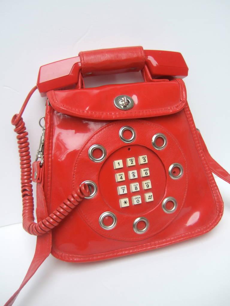 1970s Avant Garde Mod Red Vinyl Telephone Handbag For Sale 1