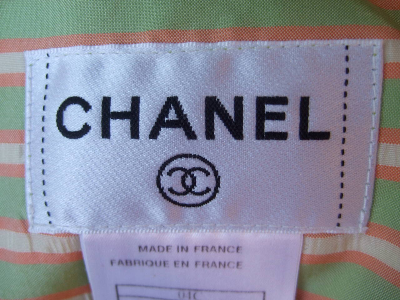 Women's Chanel Striped Silk Sleeveless Blouse with Chanel Buttons Size 38 For Sale