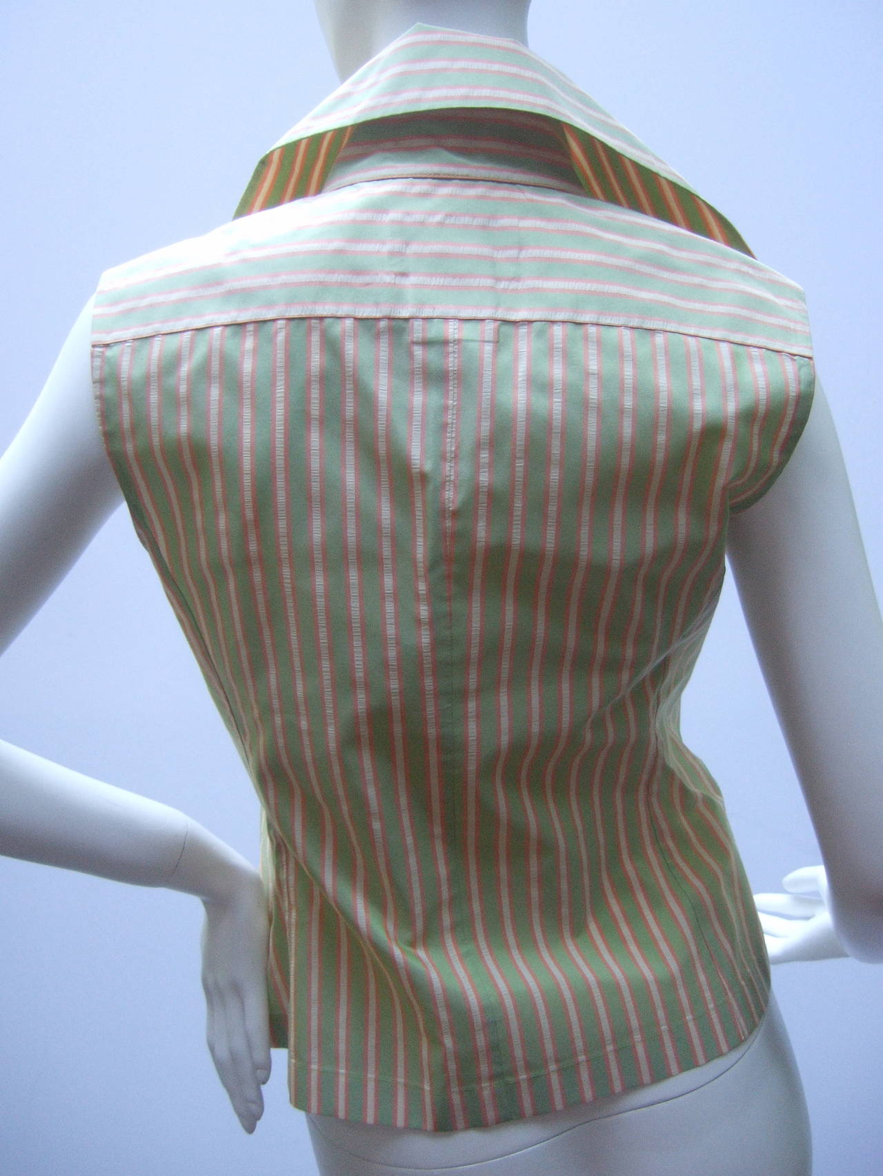 Chanel Striped Silk Sleeveless Blouse with Chanel Buttons Size 38 For Sale 1
