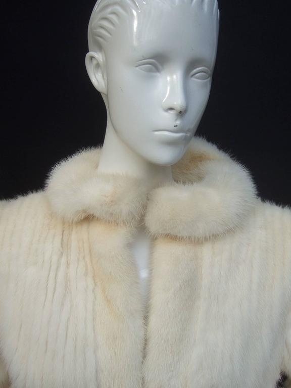 Luxurious Ribbed Pearl Mink Fur Jacket c 1980 In Good Condition For Sale In Santa Barbara, CA