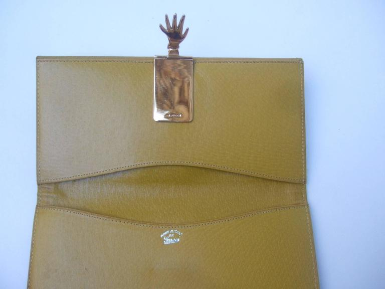 Gucci Rare Green Suede Hand Clasp Wallet C 1970s At 1stdibs