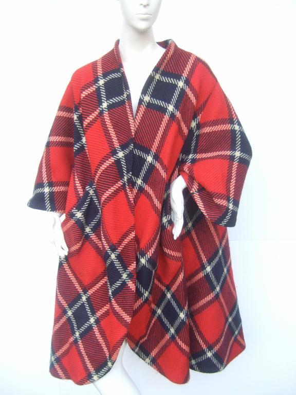 1960s Pauline Trigere Mod Plaid Wool Swing Coat  For Sale 2
