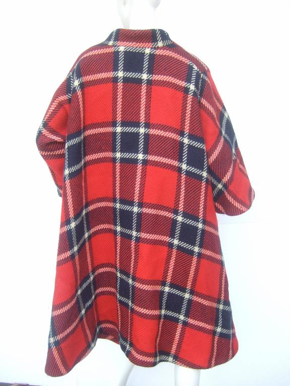 1960s Pauline Trigere Mod Plaid Wool Swing Coat  5