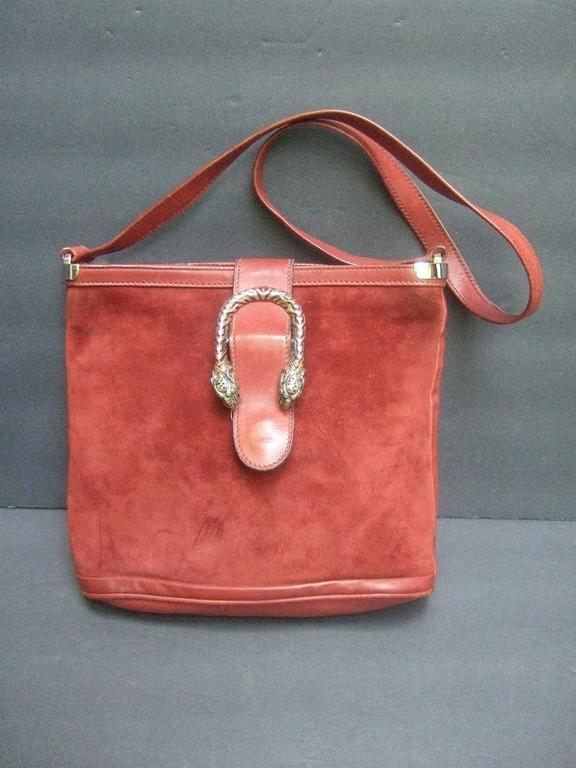 b4c9de988543 Gucci Italy extremely rare sterling silver tiger clasp handbag The  luxurious designer saddle style shoulder bag