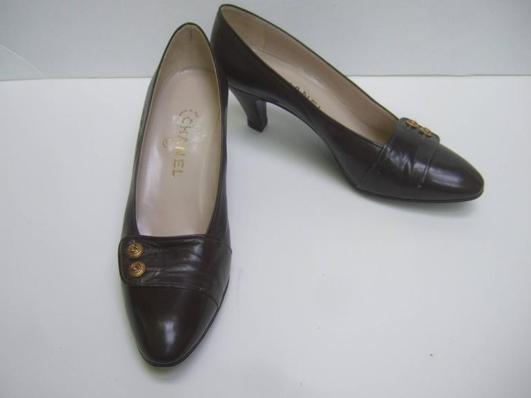 Chanel Classic Gray Brown Leather Pumps ca 1980s 1