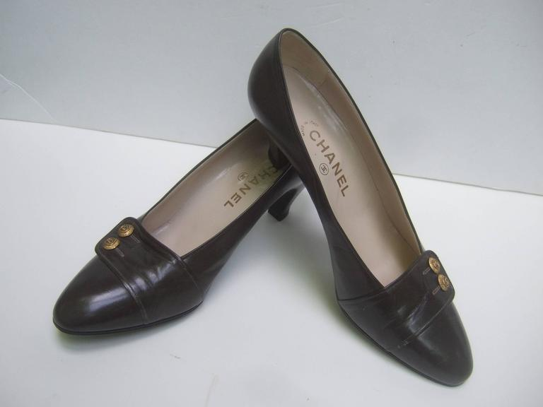 Chanel Classic Gray Brown Leather Pumps ca 1980s 5