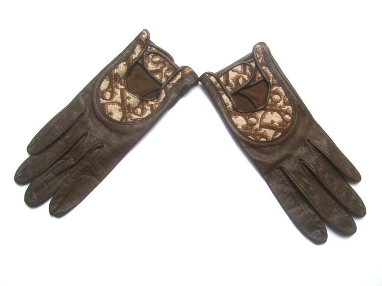 Gray Christian Dior Chocolate Brown Leather Driving Gloves c 1970s For Sale