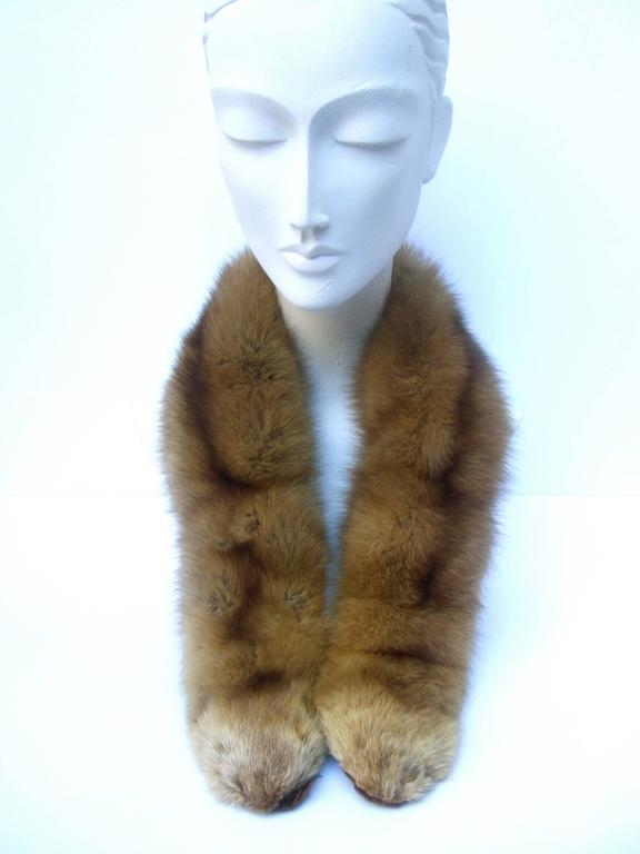 Luxurious Plush Sable Fur Collar ca 1960s  In Excellent Condition For Sale In Santa Barbara, CA