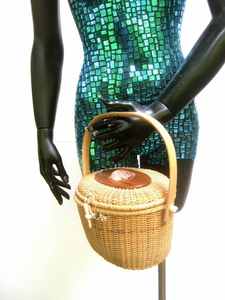 Nantucket Style Woven Wicker Basket Handbag At 1stdibs