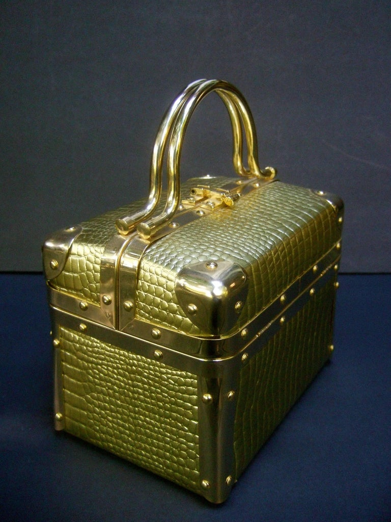 Women's Borsa Bella Italy Gold Metallic Embossed Box Purse c 1980s For Sale
