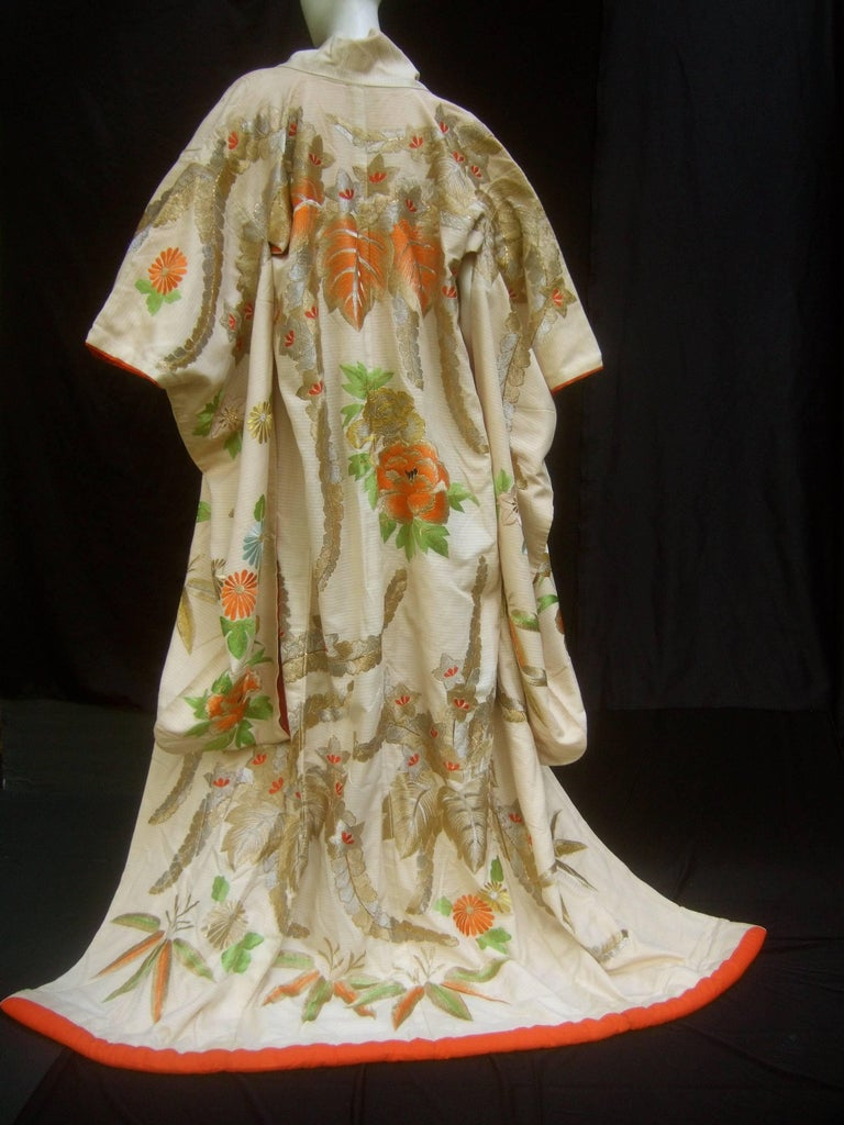Spectacular Floral Hand Embroidered Japanese Kimono c 1970  In Good Condition For Sale In Santa Barbara, CA