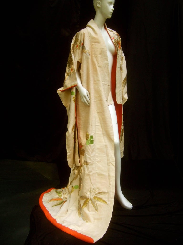 Spectacular Floral Hand Embroidered Japanese Kimono c 1970  5